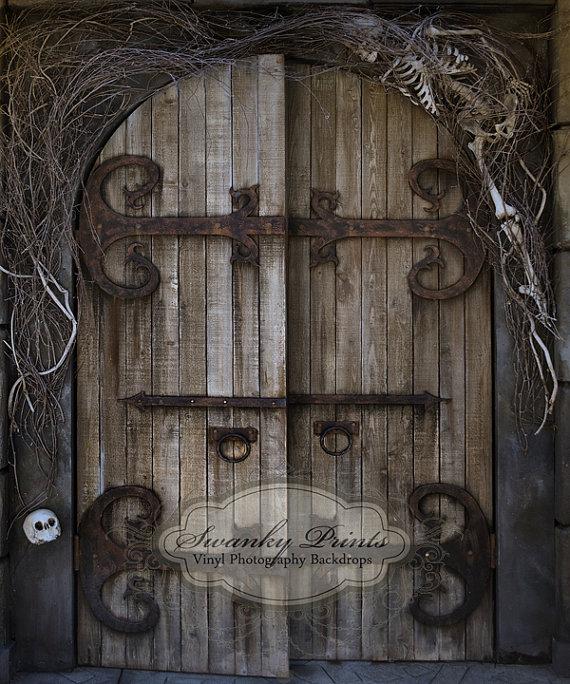 40a5653601b66d850f13ec6a5a3d6af8 - How To Get Past The Golden Claw Door In Skyrim