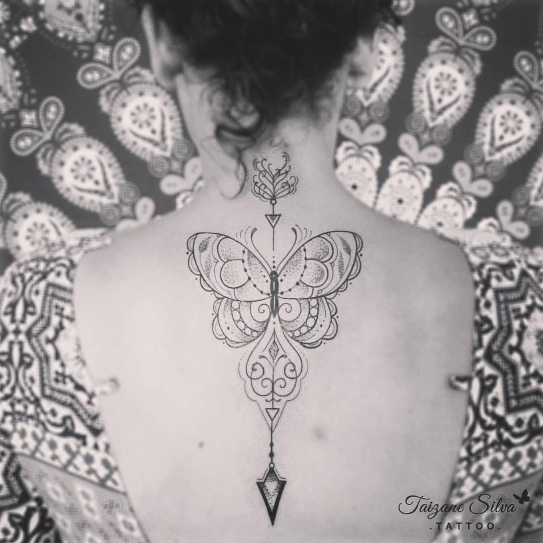 Tatuagem da querida Leda, gratidão! #borboletatattoo #butterflytattoo #taizane #tattoo #borboleta #flechatattoo