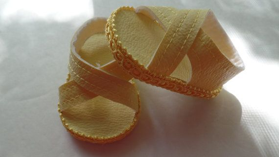 light Yellow 18 Doll Sandals-Shown on my by lillysdollclothes