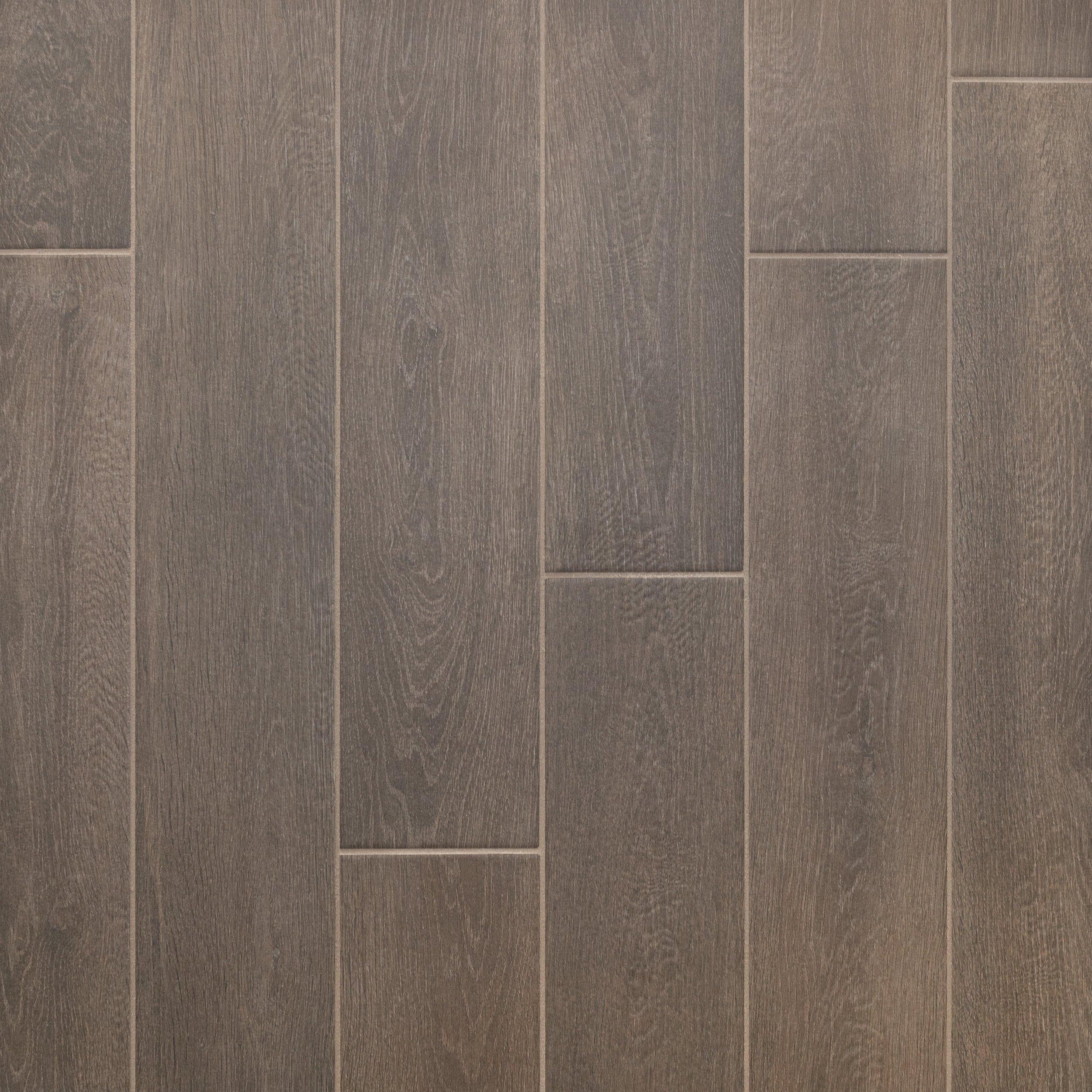 Ridgewood Espresso Wood Plank Porcelain Tile In 2020 Wood Look Tile Porcelain Wood Tile Kitchen Porcelain Tile