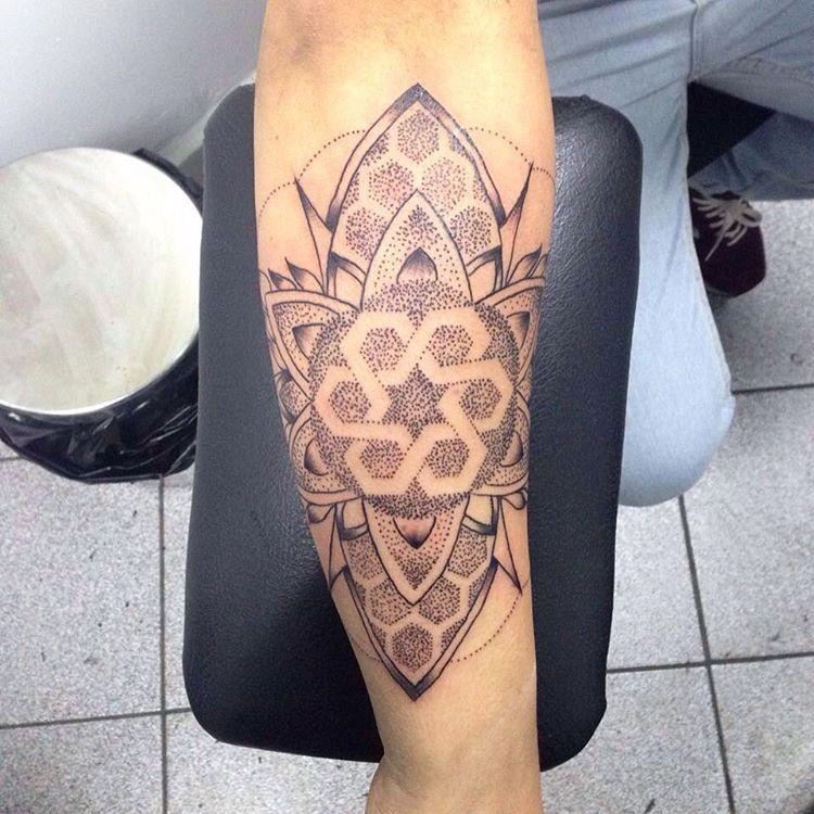 Primer trabajo realizado ayer en 252 tattoo... - Rodrigo Morales