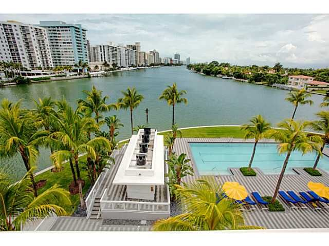 Gorgeous unobstructed water views. 4 bd, 5.5 baths sold turnkey. Perfectly redesigned open floor plan w/ 12 ft ceilings. Sleek, modern, elegant, minimalist design For more information see link below: http://search.nancybatchelor.com/idx/details/listing/a016/A1793236/Miami-Beach-A1793236#.Unr8sI2E6wE