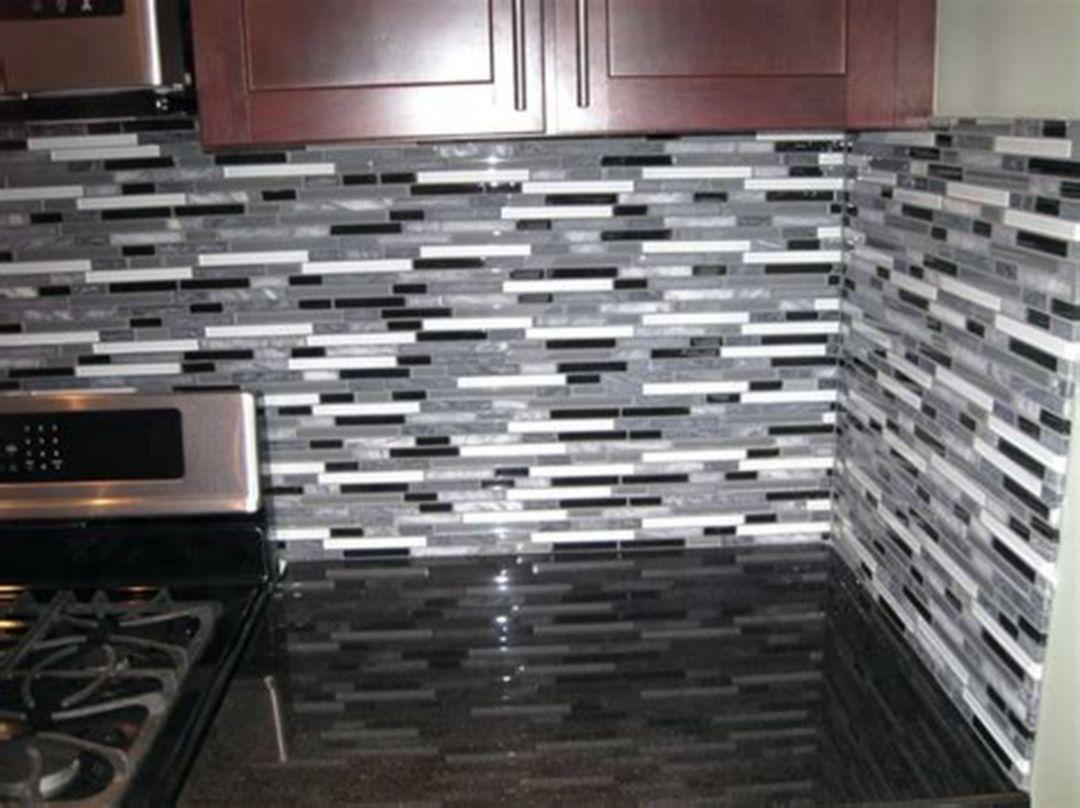 - 16 Luxurious Metallic Tile Backsplash Ideas For Awesome Kitchen