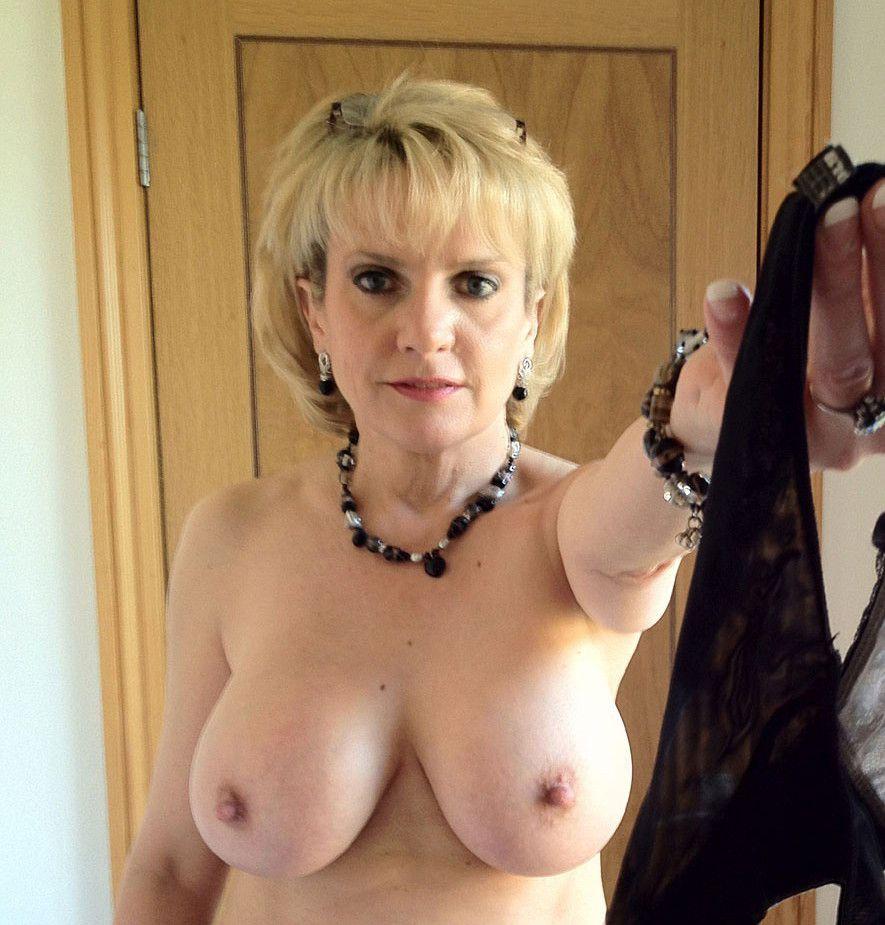 Mujeres Desnudas Cuarentonas mature