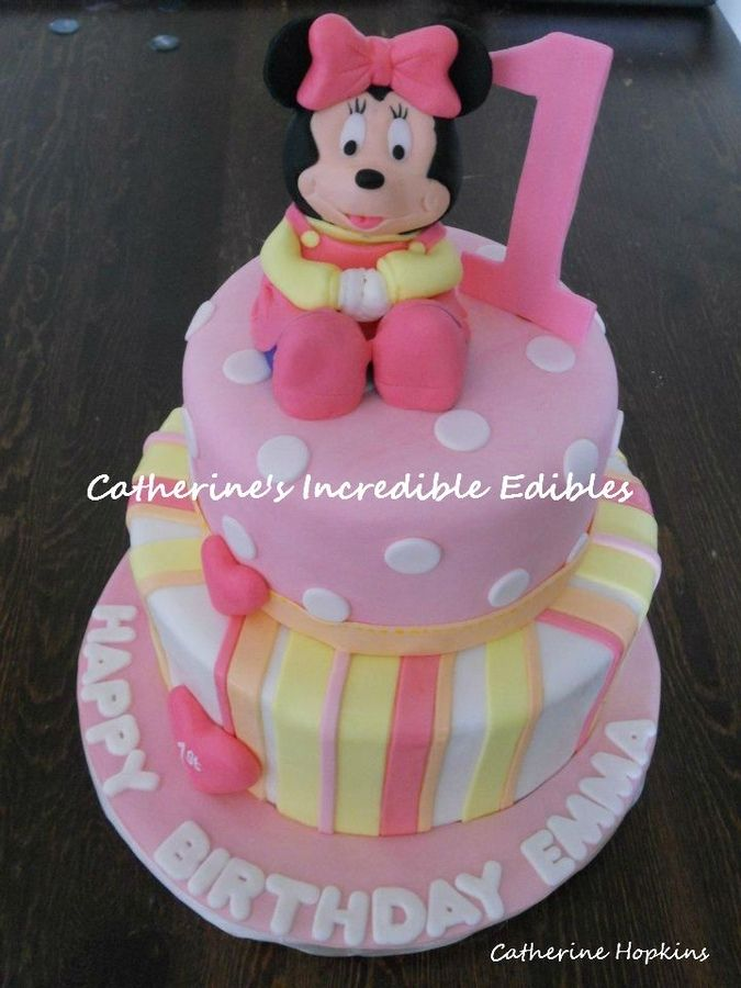 Baby Minnie Mouse 1st Birthday Baby Minnie Mouse Customized Cake