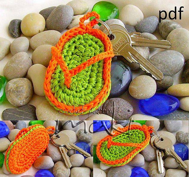 Key chain flip-flop pattern by MakiCrochet | Ganchillo, Blusas en ...