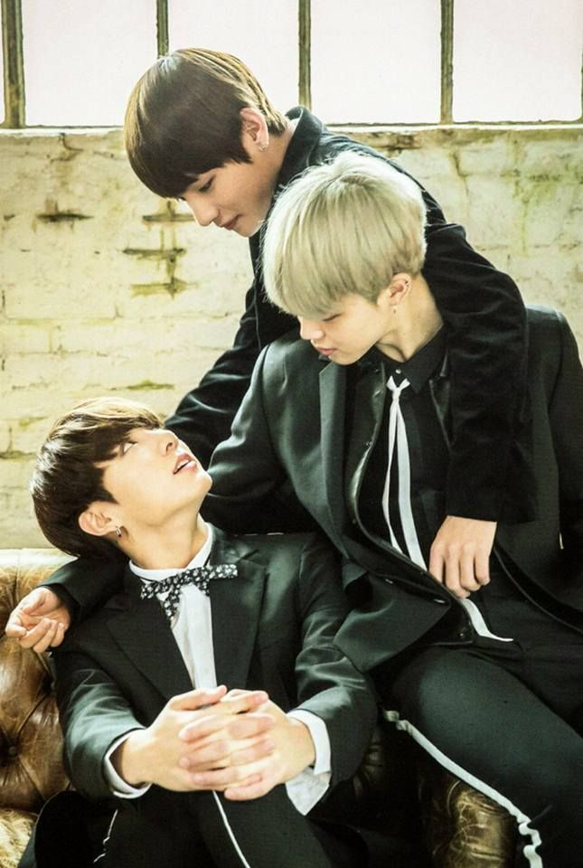 This picture says it all Vmin bestfriend jimin crush on Kookie