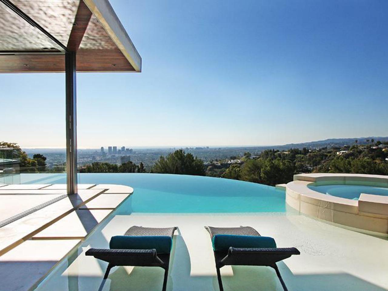 On The Edge: Stunning Infinity Pools
