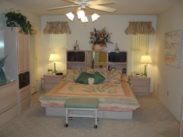 80S Home Decor