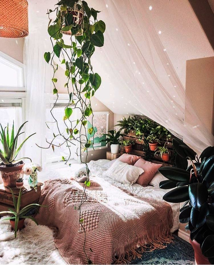 Bohemian Bedroom :: Beach Boho Chic :: Home Decor Design :: Bedroom Style  Inspiration