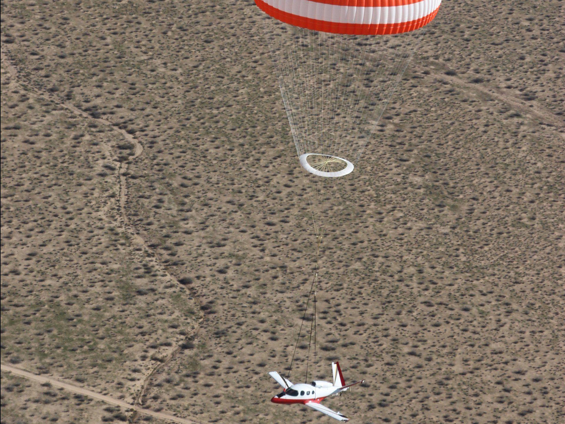 Cirrus Vision Jet Parachute system