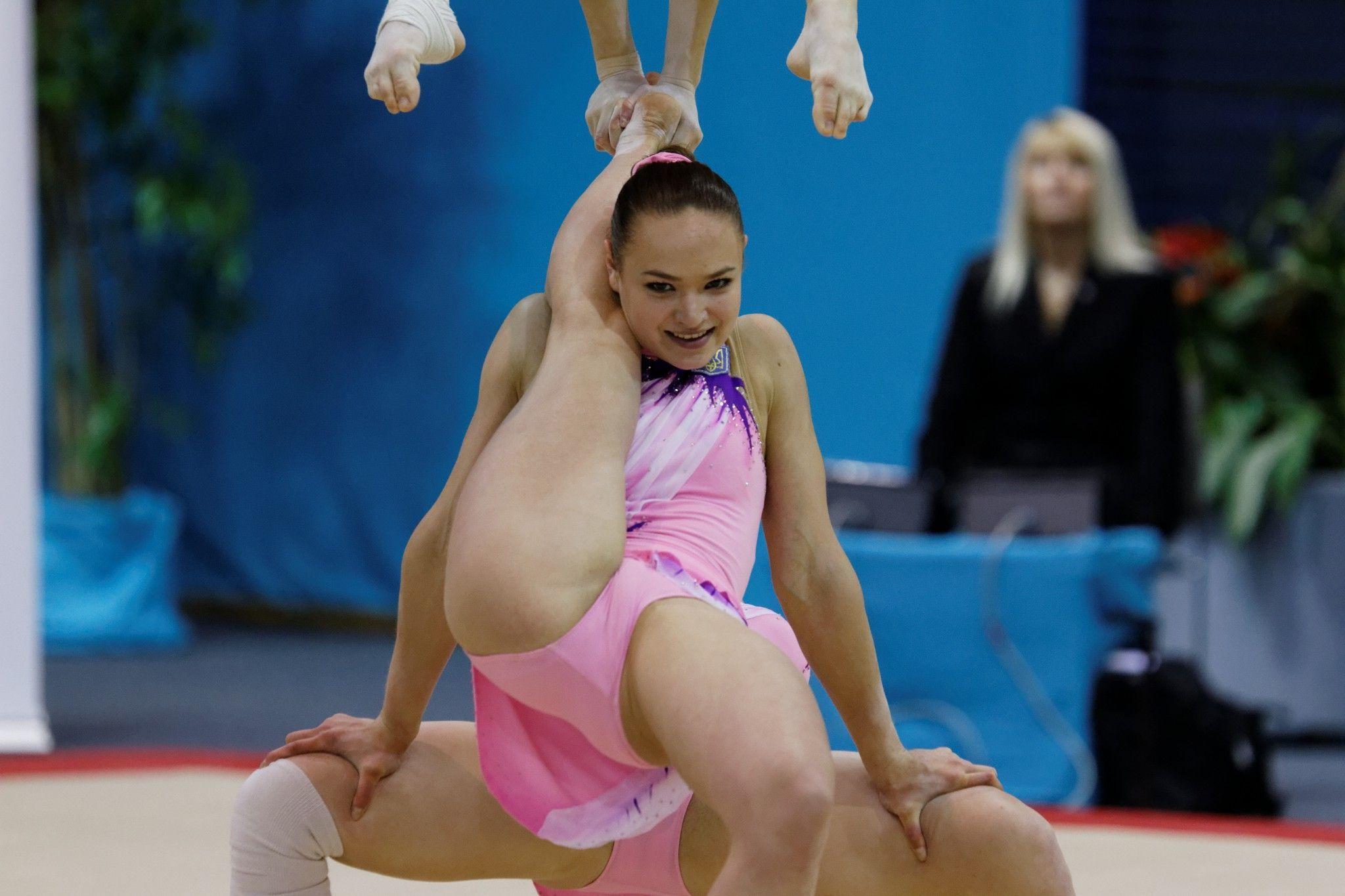 Фото ебли гимнасток крупно, Гимнастки, порно фото, смотреть бесплатно 22 фотография