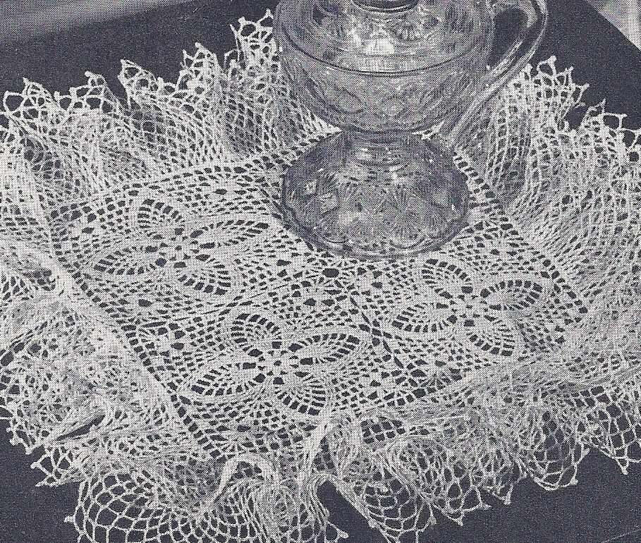 Vintage Crochet Pattern Pineapple Doily Ruffled Square Vintage