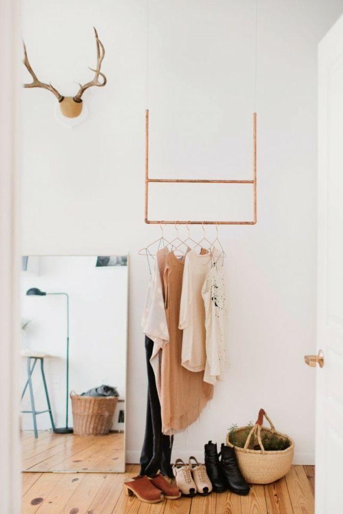 Diy Kleiderstange kleiderstange als diy idee für die ausbreitung des kleiderschrankes