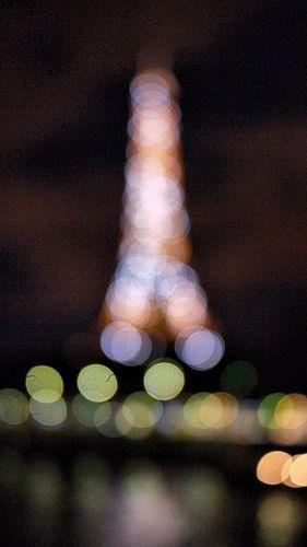 La Tour Eiffel (aka Eiffel Tower) - Bokah