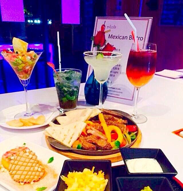 Valentines diner set @ Sabroso
