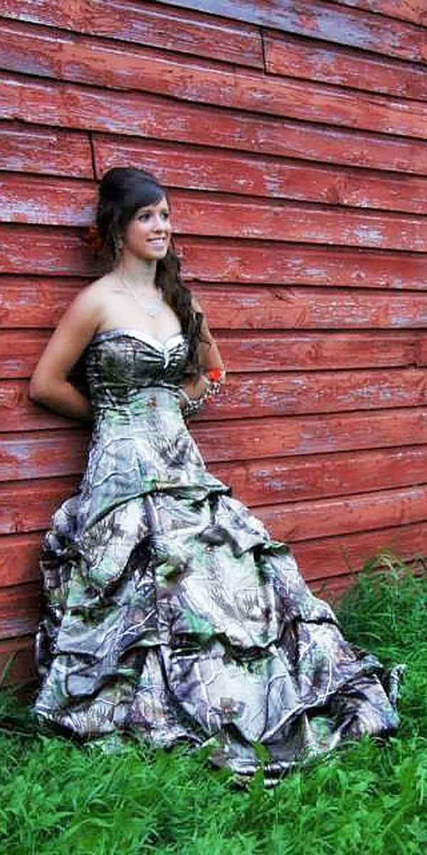 15 Camo Wedding Dresses To Hide In A Forest Camo wedding