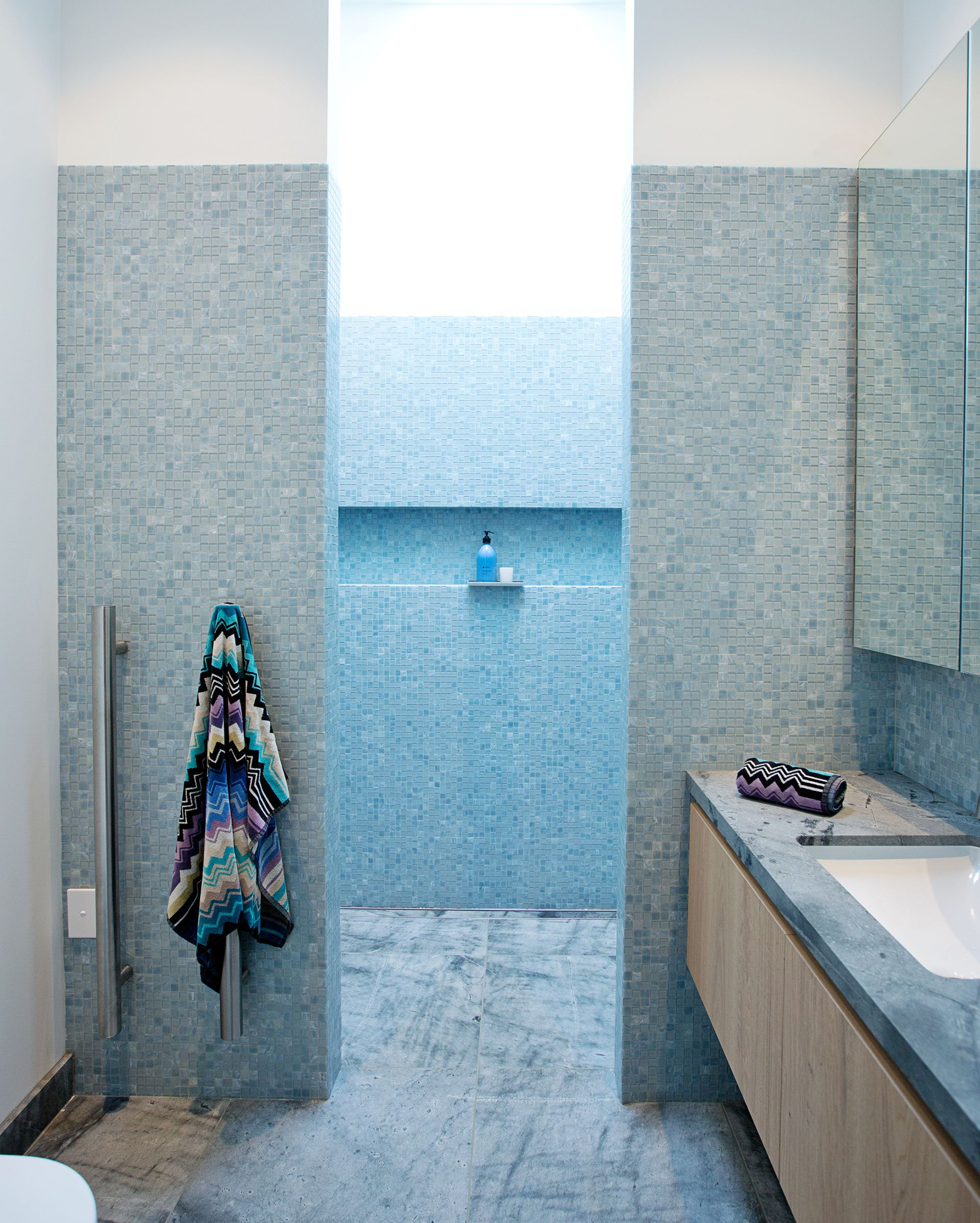 A 30 000 Bathroom Renovation Is A Vision In Blue Mosaic Tiles