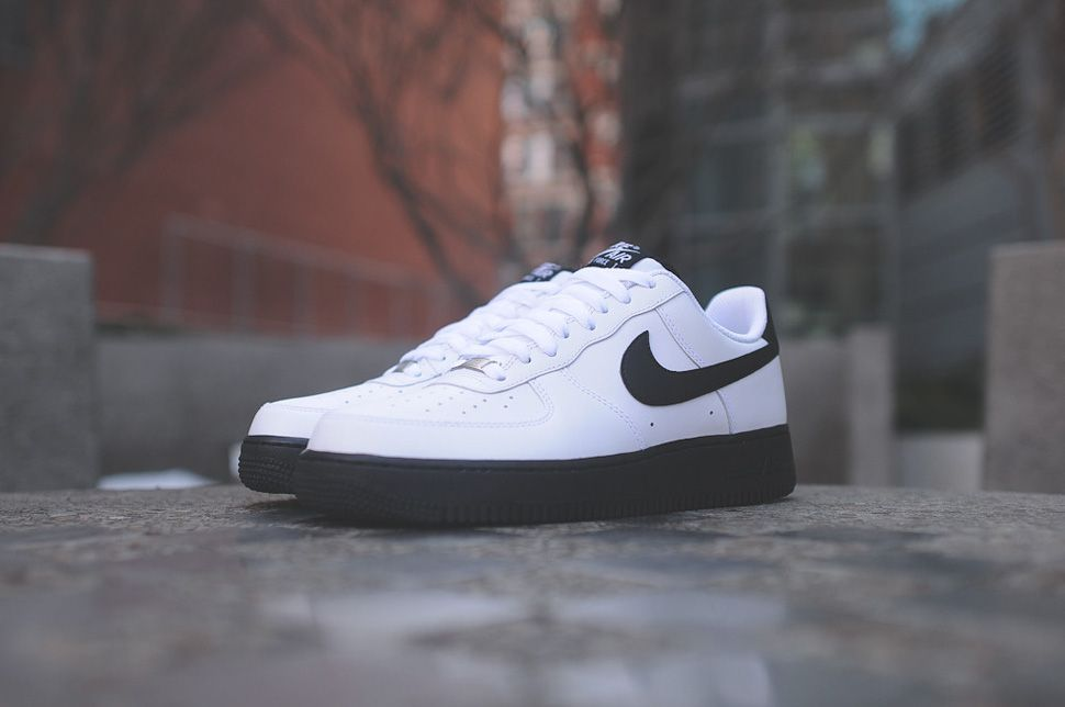 Nike Air Force 1 Low – Black – White