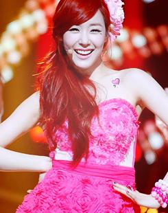 #tiffany #twinkle #redhead #pink #tts #kpop