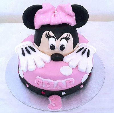 3D Minnie Mouse Birthday Cake THE SWEET ESCAPE Girls Birthday