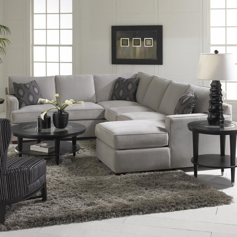 Amazing Chic Sectional Sofa With Chaise Lounge Klaussner Loomis Beatyapartments Chair Design Images Beatyapartmentscom