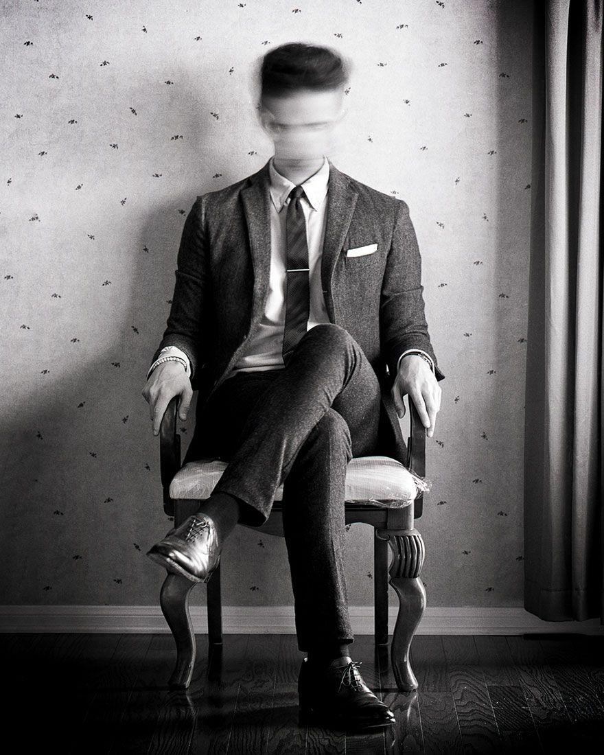 Ce photographe illustre sa propre dépression avec des autoportraits poignants page 10