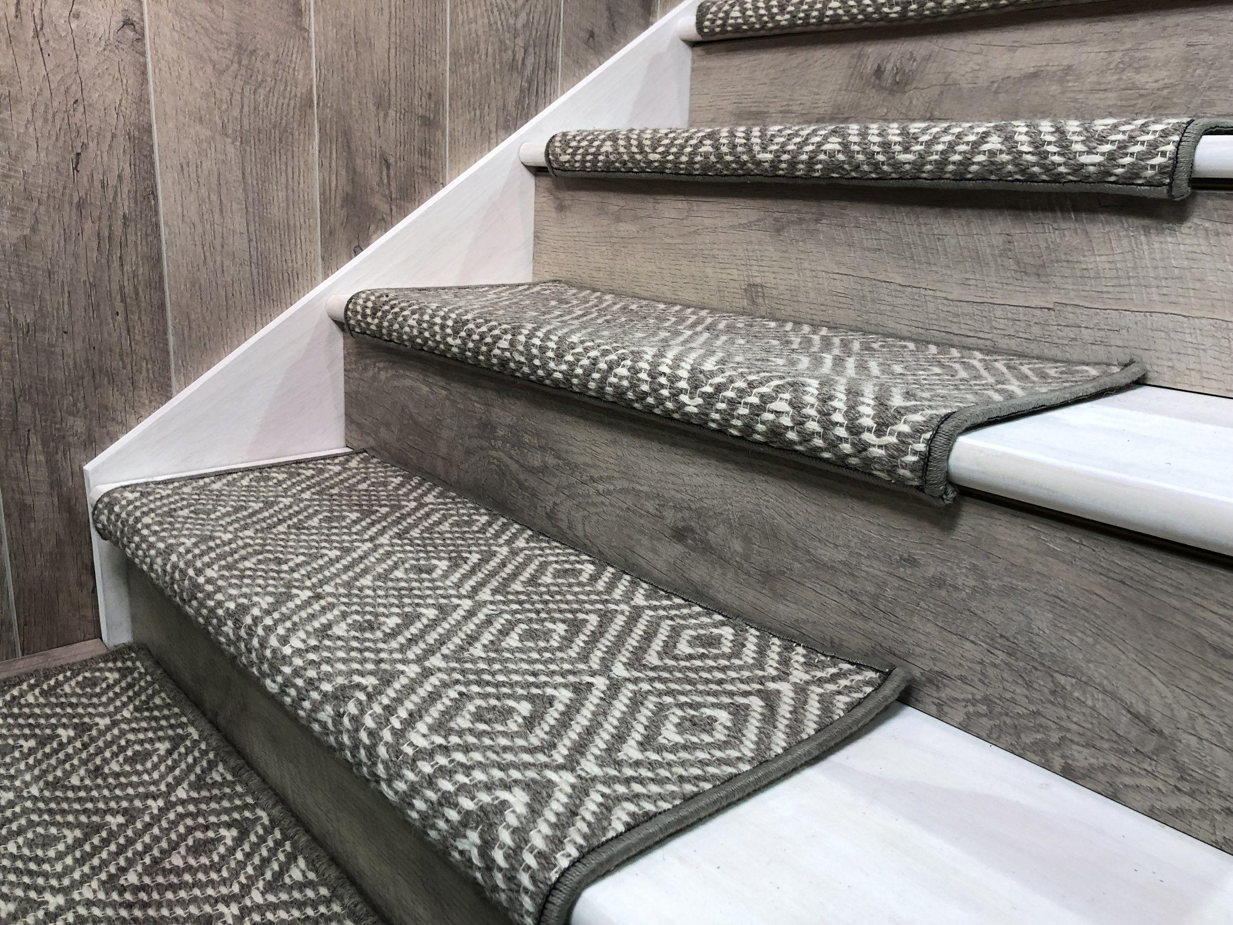 Best Tahoe Grey Bullnose Jpg Carpet Stair Treads Carpet 400 x 300