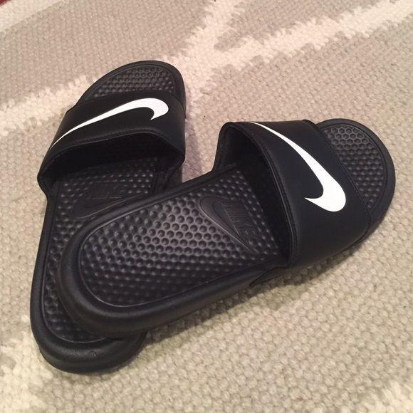 Nike Slip on | Nike, Black nikes, Sporty style