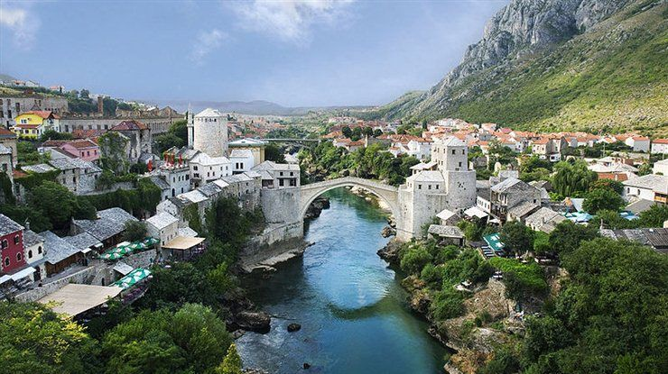 66 Beautiful Small Cities & Town in Europe