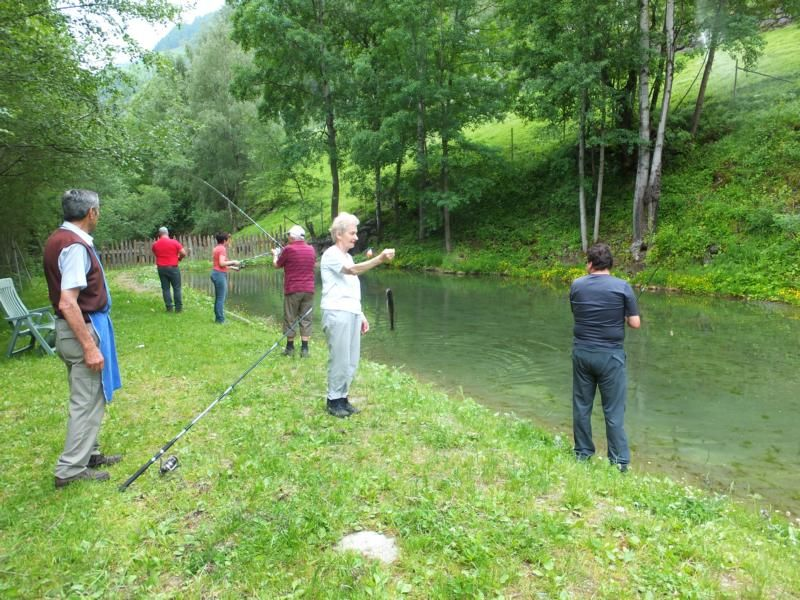 Angeln im Bergweiher in Südtirol - Hotelprogramm vom Preidlhof