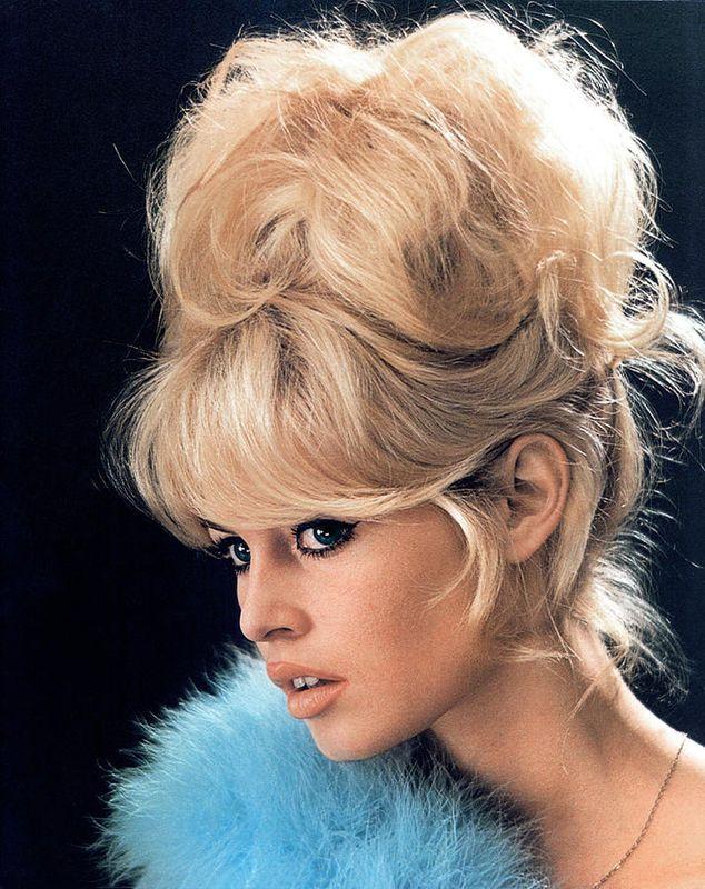 Frisuren Der 60er Frauen Frauen Frisuren Frisuren Pinterest