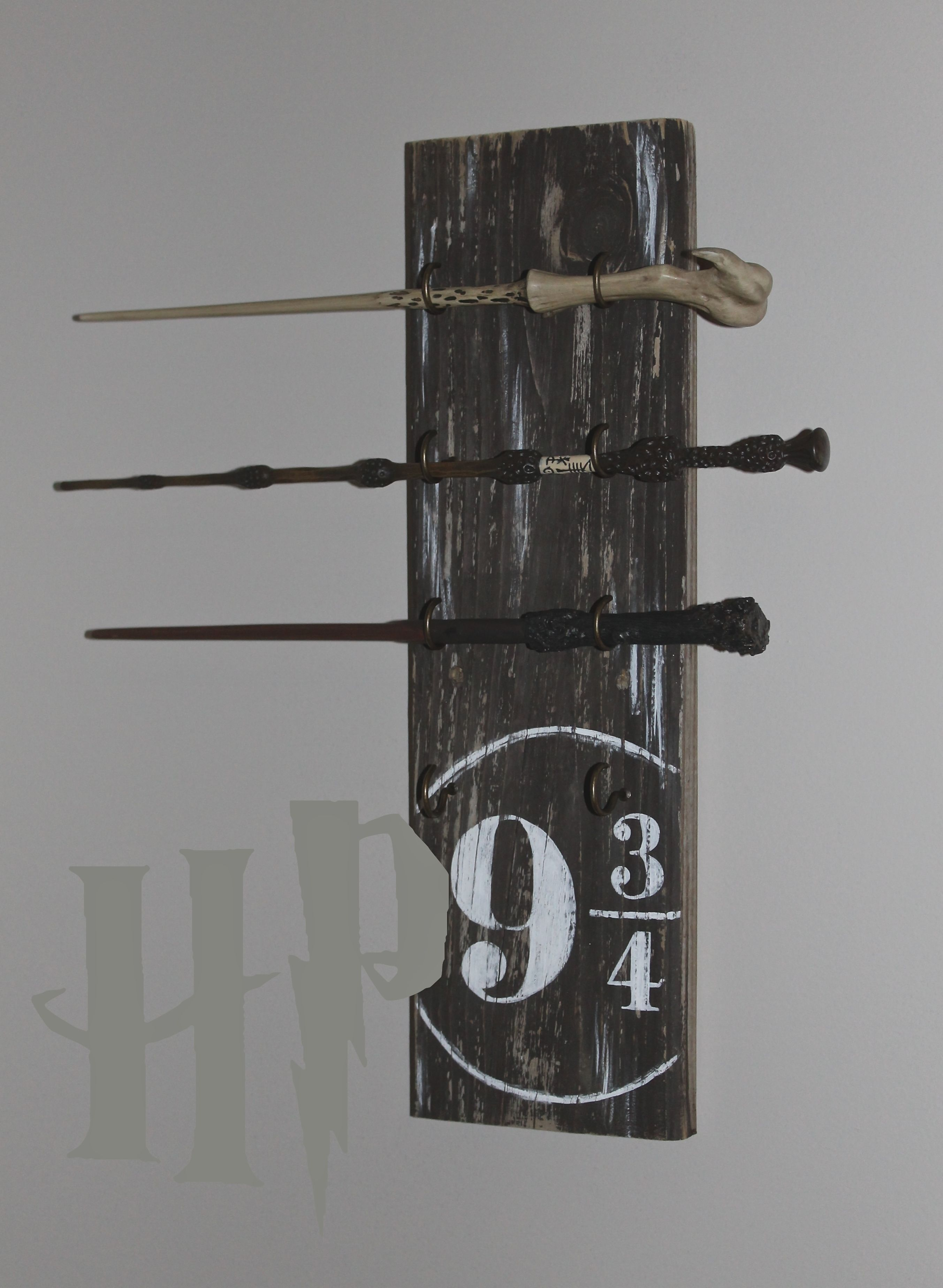 Harry potter wand stand 25 pinterest for Elder wand stand