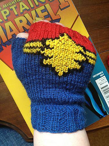 Free Knitting Pattern Captain Marvel Fingerless Gloves Pattern By