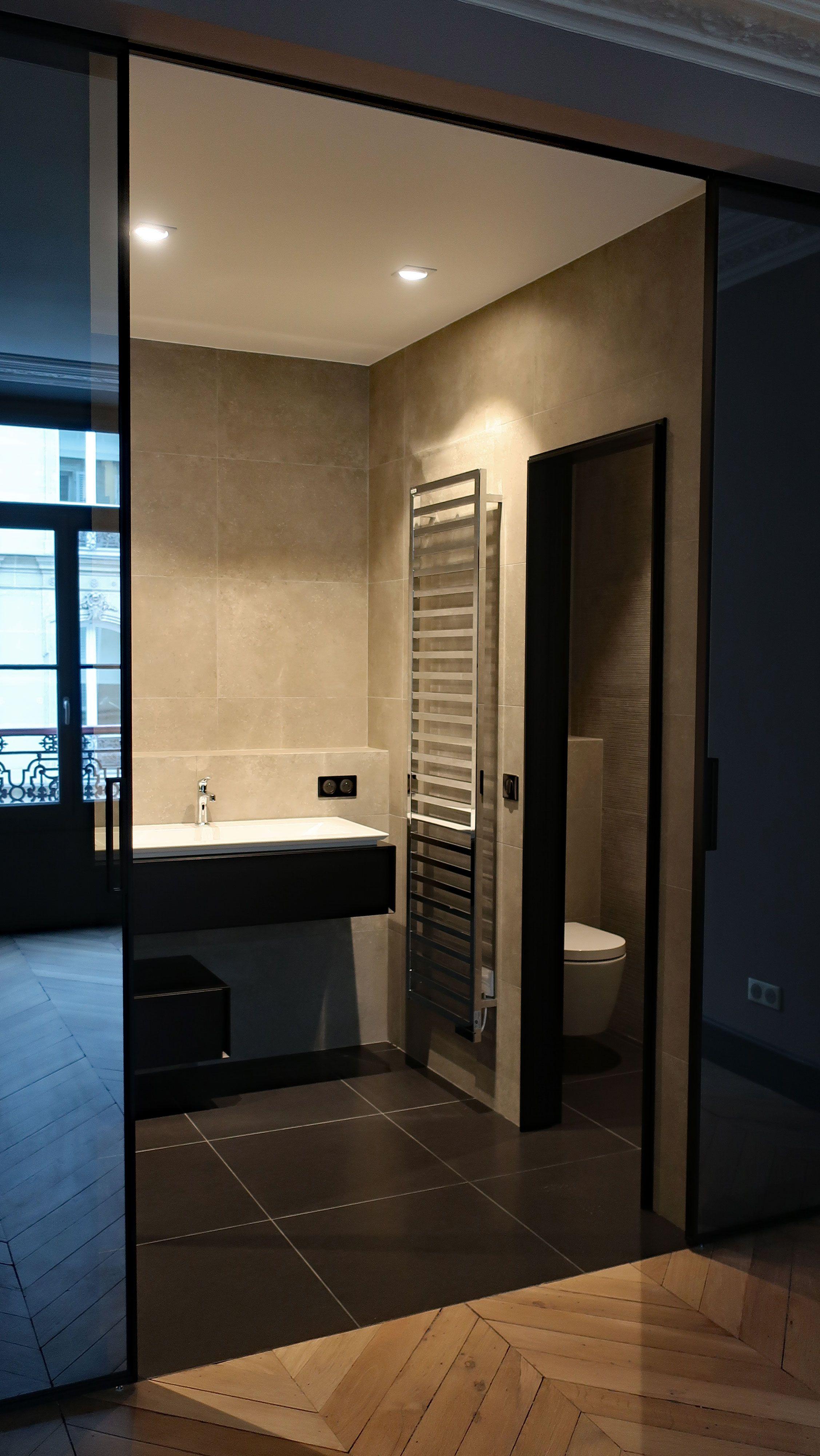 Architecte D Intérieur Cfai salle d'eau dans un appartement parisien. philippe