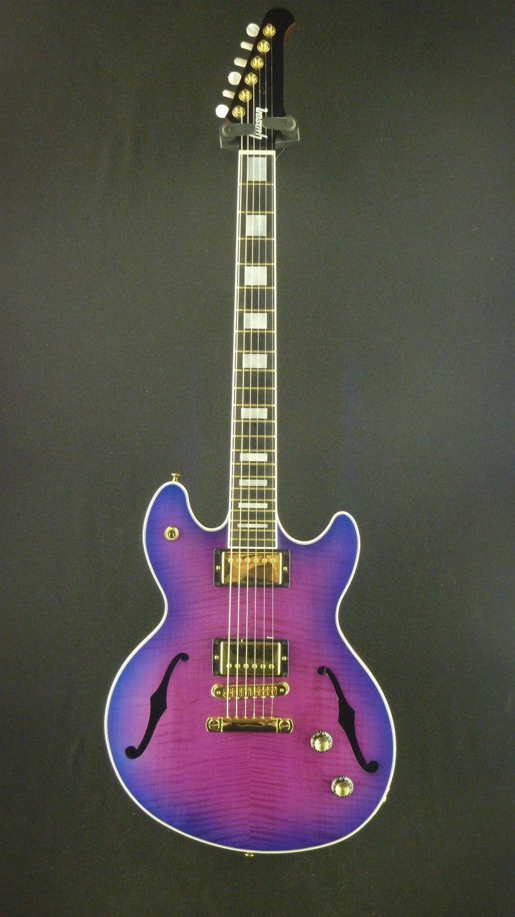 gibson vegas high roller used neon guitar cool guitar gibson guitars purple guitar. Black Bedroom Furniture Sets. Home Design Ideas