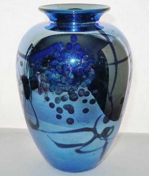 MAGNIFICENT Metallic BLUE Art Glass VASE Signed CARLSON Numbered GORGEOUS 1980s