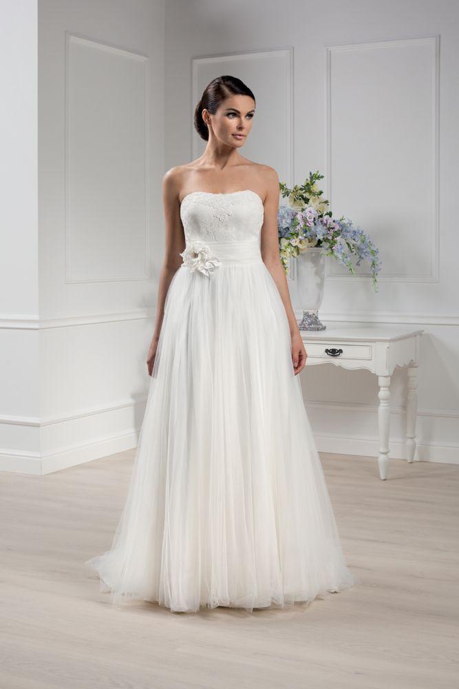 Brautkleid der Elizabeth Passion 2014 Kollektion. Modell E-2826-T ...
