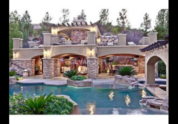 If I ever own a luxury home in Vegas, I want one like this one! Love all the outdoor living & beauty! Wood Creek Court, Las Vegas, NV