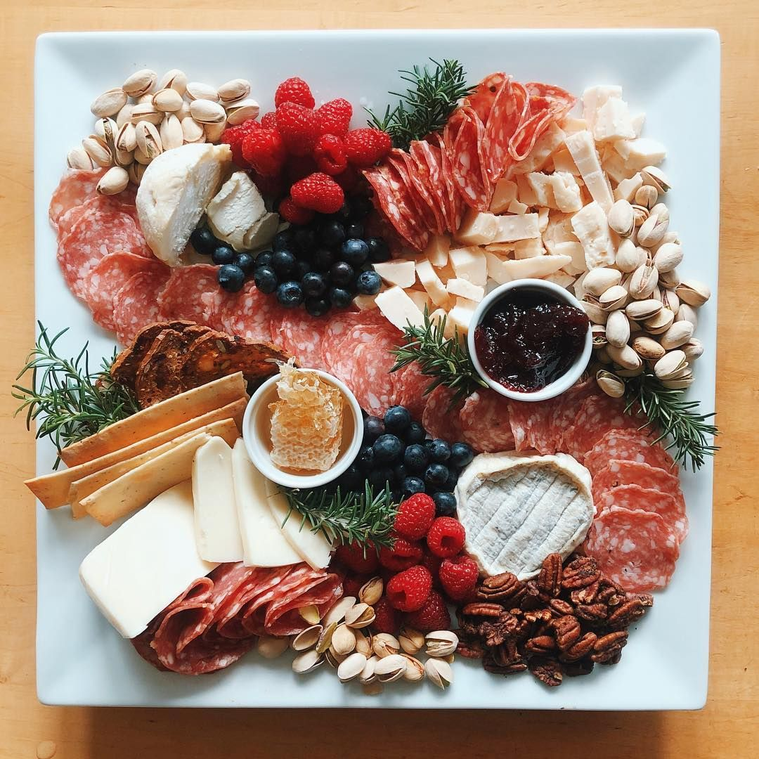 Looking Gouda These 15 Tips Will Take Your Cheeseboard To The Next Level Cheese Plate Cheese Appetizers Cheese Plates Appetizer