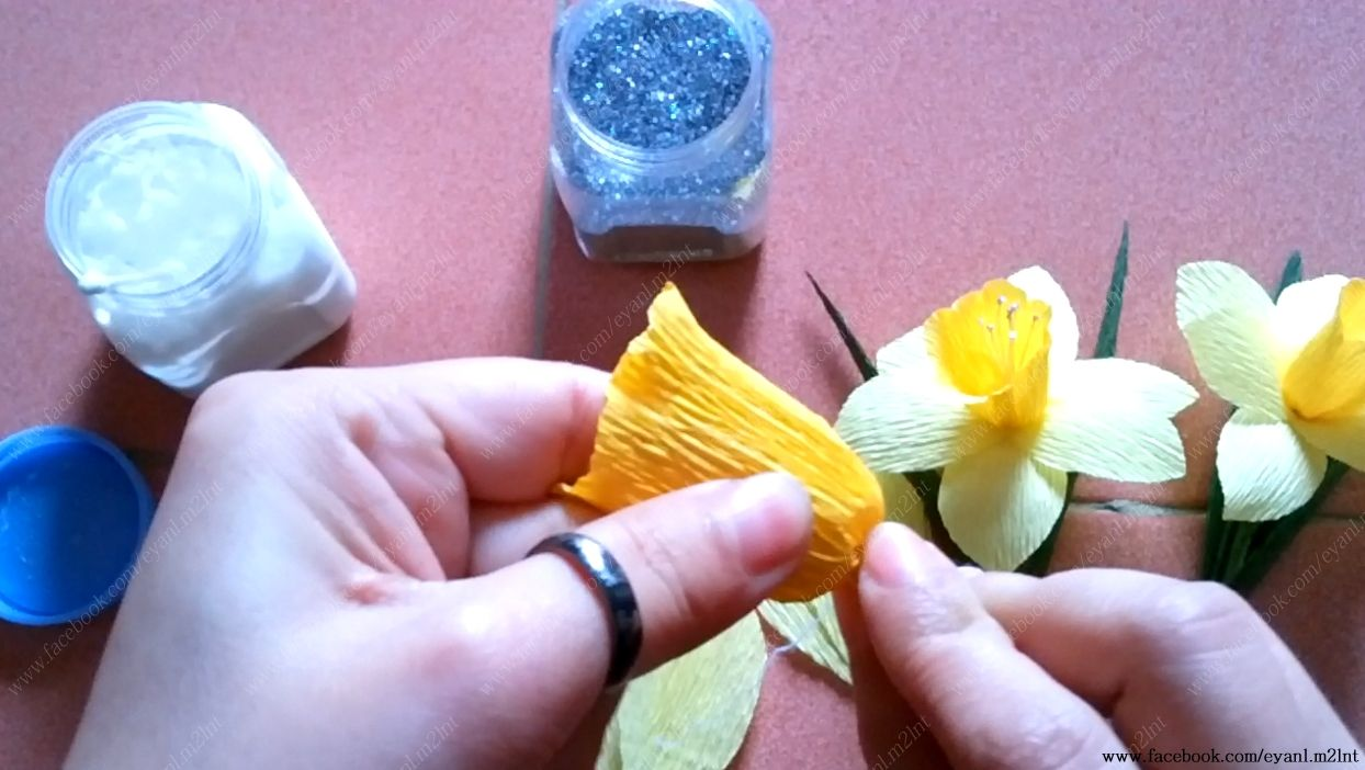 How To Make Narcissus Crepe Paper Flower Tutorial Hng Dn Lm