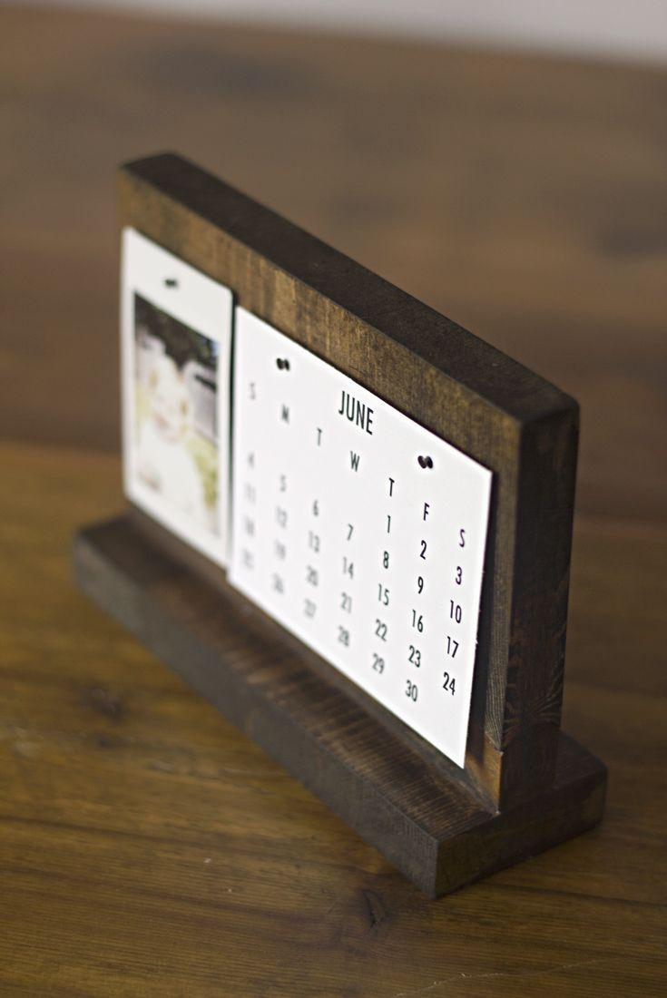 Diy Calendar With Stand : How to make a modern desk calendar calendars