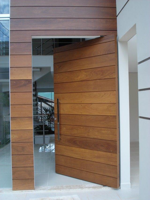Pin Porta Pivotante Em Madeira Hdf On Pinterest Design Da Porta Exteriores De Casas Portas De Madeira