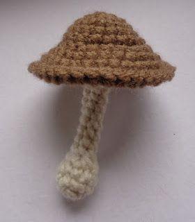 Free Crochet Patterns   Free Crochet Pattern Mushroom Keychain ...   320x280