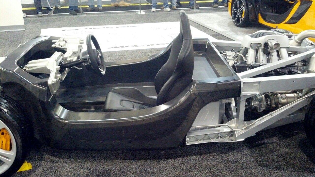 Chassis And Carbon Fiber Monocoque Of The Mclaren P1 1280x722 Oc Racing Car Design Futuristic Cars Carbon Fiber