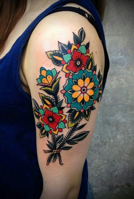 Love The Style And Bold Colors Traditional Style Tattoo Tattoos Body Tattoos