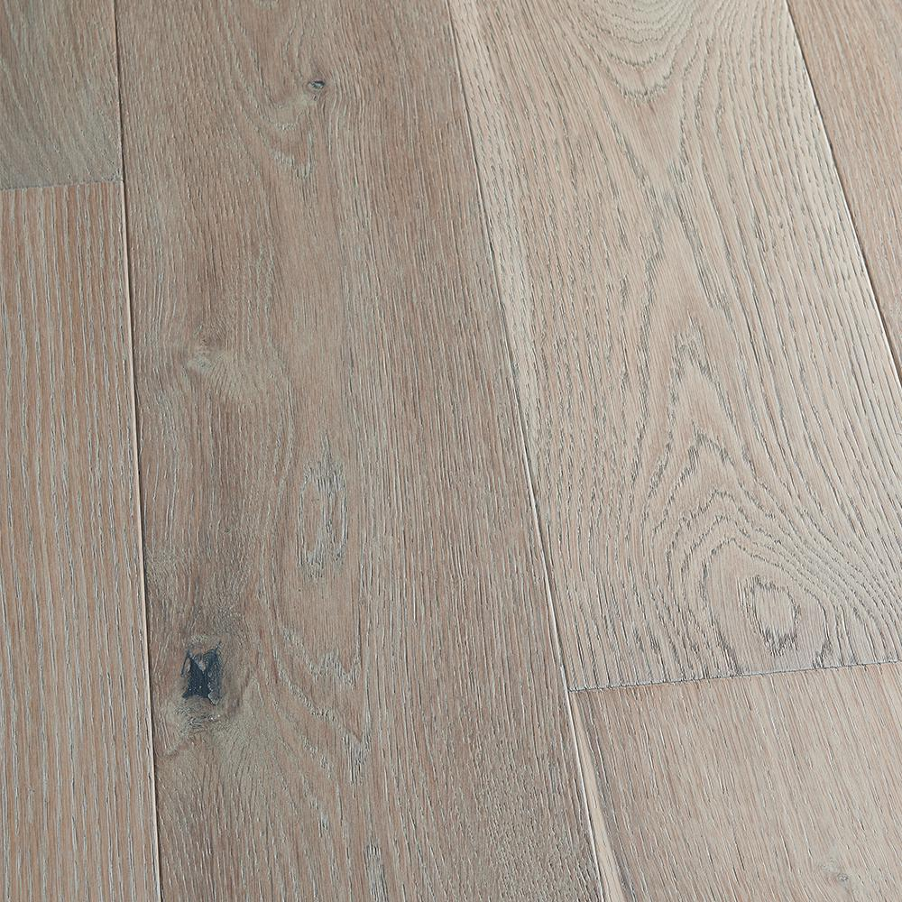 Ivy Hill Tile Roman Selection Iced Gold Lantern 9 3 4 In X 10 1 2 In X 8 Mm Glass Mos In 2020 Engineered Hardwood Flooring Wood Floors Wide Plank French Oak Flooring