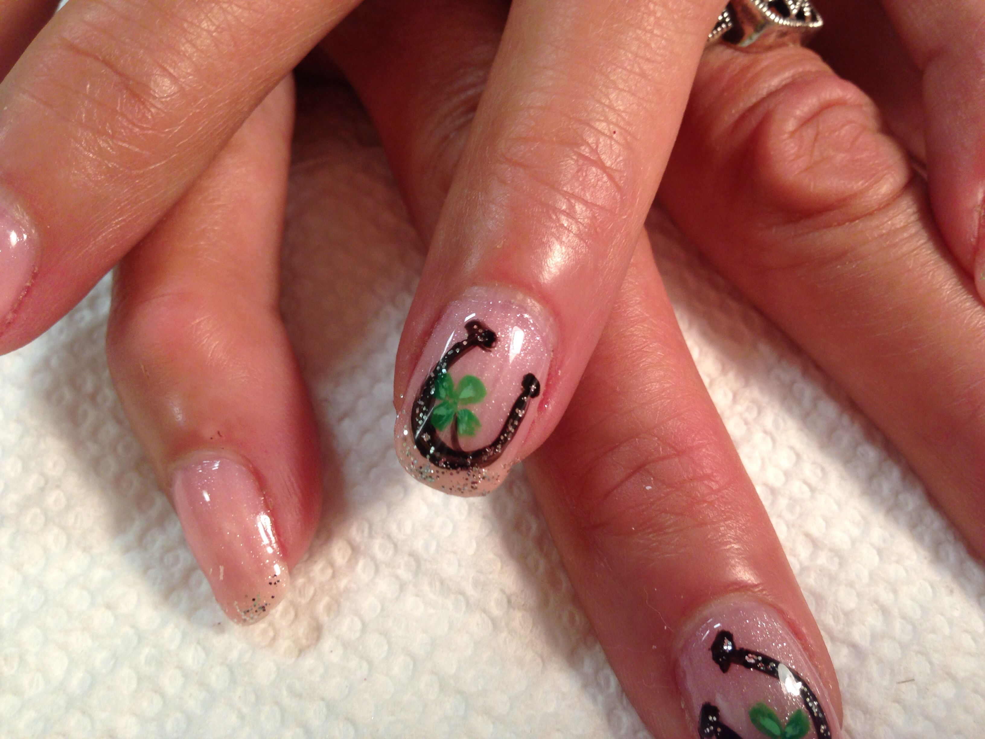 Horse Shoe Nail Art On Shellac Horse Nails Cute Nails Horse Shoe Nails
