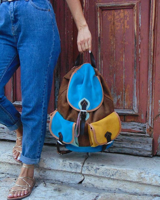 T A N I A  backpack💛💙 #iyiami#fashion#style#stylish#leather#handmade#etsy#bag#instastyle#instafashion#boho#bohemian#backpack#minimal#love#work#spring#collection#accessories#fashionbag#etsyfinds#etsyfashion#etsyshop#onlineshop#ss16#greekfashion#summer#colors