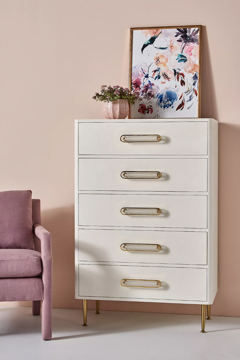 This girls bedroom furniture is genuinely a superb design